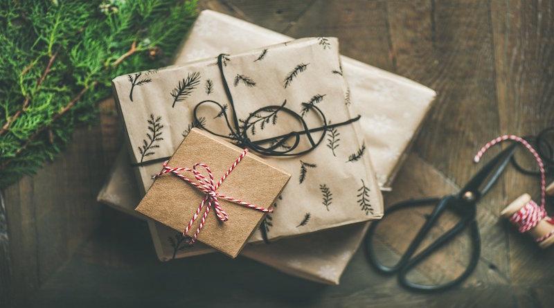 Kolik dárků dát dětem k Vánocům?
